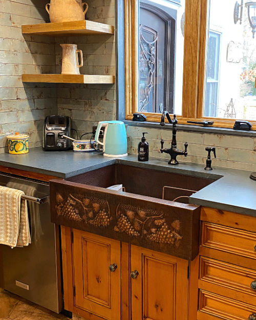 Vineyard Design Copper Farmhouse Sink