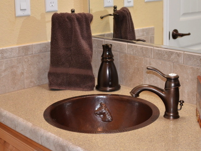 Large Round Horse Design Bath Sink
